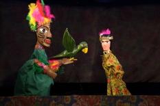 Espetáculo Mamulengo, com BuZum!, para crianças no MIS