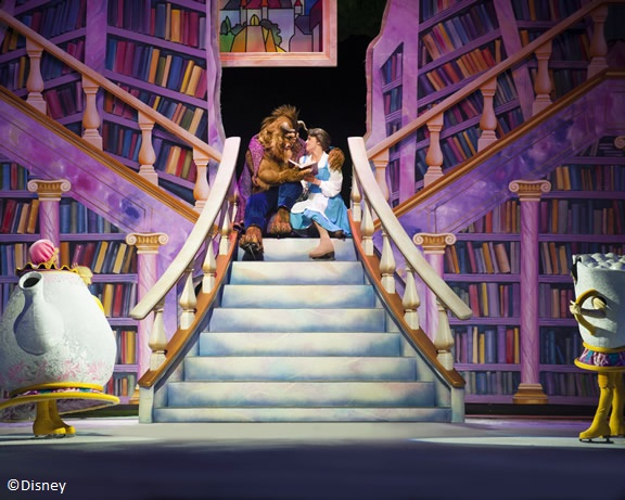 D33_Belle_and_Beast_on_stairs_full_copyright
