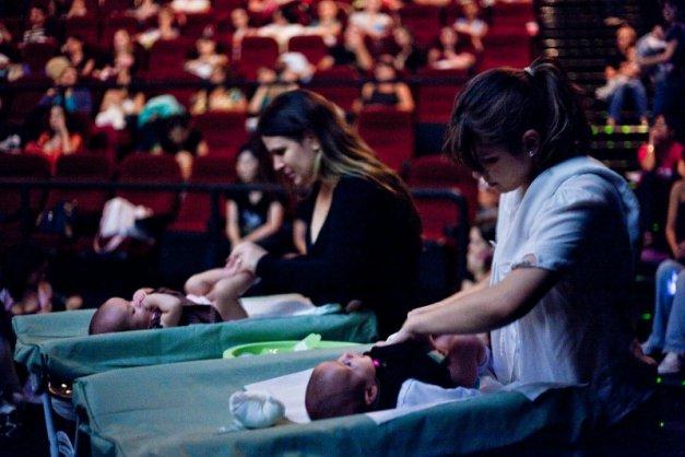 Aproveite uma sessão de cinema gratuita com seu bebê neste sábado