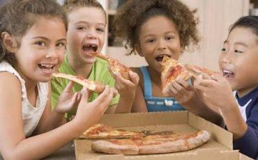 Sacada Pizzaria, na Mooca, oferece espaço kids com muita diversão para as crianças