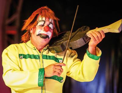 Com glamour e beleza, Circo Spacial encanta toda família