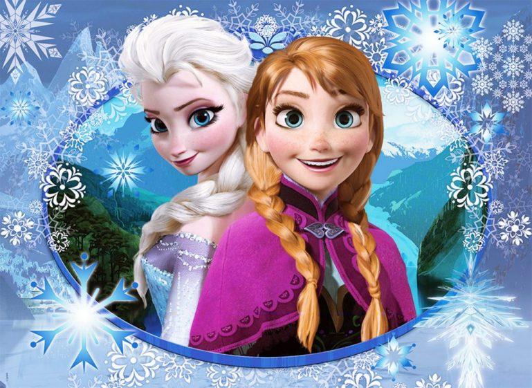 Musical do Frozen com algodão doce no Teatro Extra Itaim