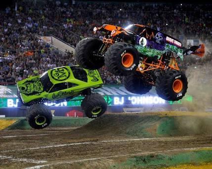 Está chegando! Monster Jam, o maior evento de caminhões gigantes, acontece na Arena Corinthians