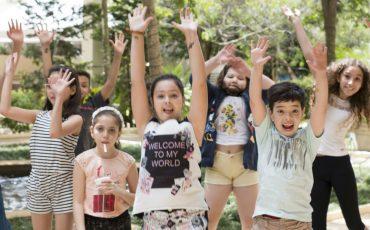 Faça sua festa infantil com o Brincando Entre Estrelas