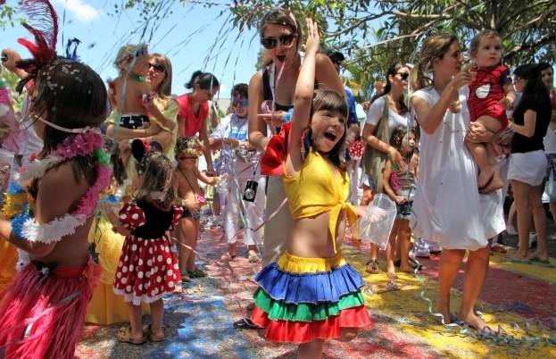 Famílias ganham Carnaval no Parque da Água Branca com bloquinho, oficina e brinquedos para a criançada