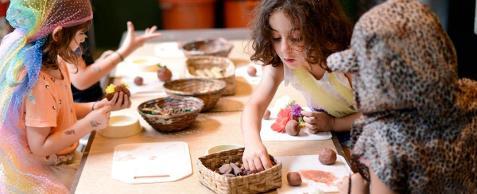 Bebês e crianças ganham instalação sensorial gratuitas no Sesc Consolação