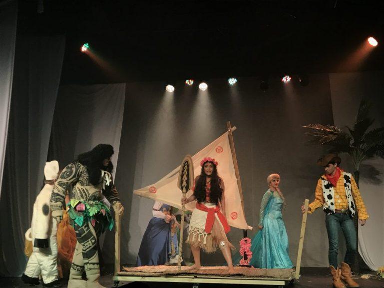 Musical com Moana, Maui, Elsa, Ariel, Buzz e outros personagens por apenas R$ 10,00 no Passeios Kids