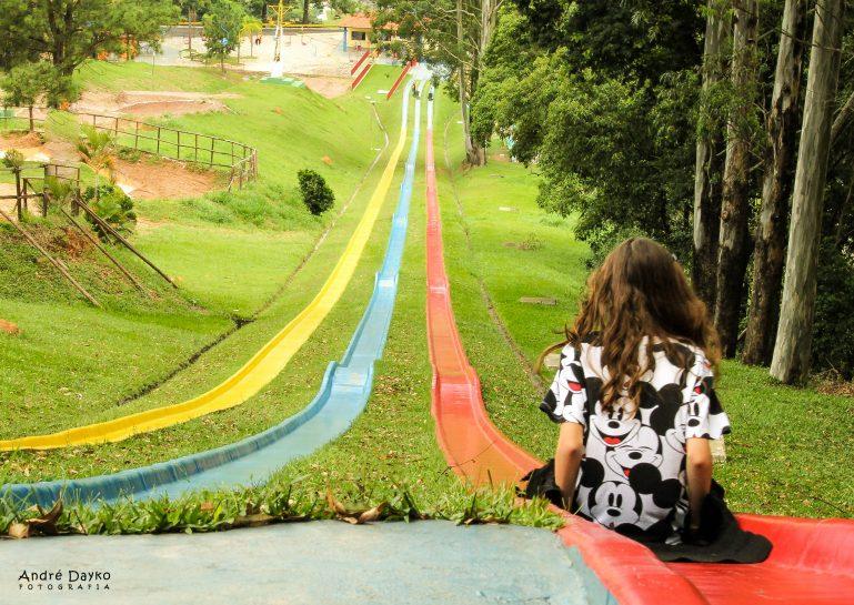 Com gincana e esportes radicais, Páscoa no Ski Mountain Park é muito mais divertida!