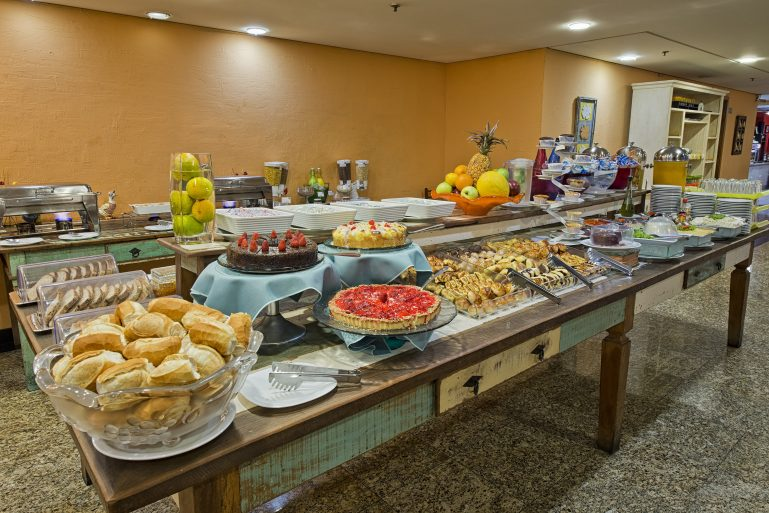 Hotel TRYP Tatuapé oferece Café da Manhã e Almoço Especial no Dia das Mães