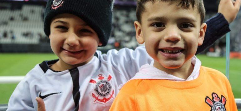 Tem corintiano aqui? Visita à Arena Corinthians é opção para fãs de futebol e para férias em São Paulo