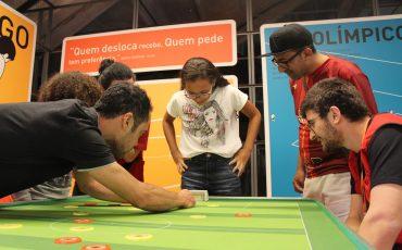 Gratuito! Férias no Museu do Futebol tem futebol de mesa, futecone, além de oficinas para criação de bandeiras e campos de peteleco