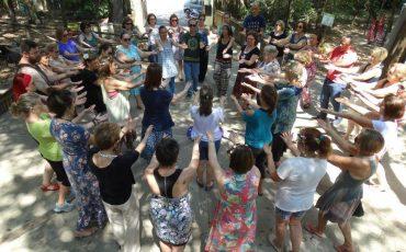 Nas Férias, Sesc Vila Mariana exercita a conexão entre famílias por meio da dança