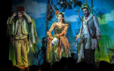 Musical À Procura Da Água no Festival de Férias do Teatro Viradalata ensina as crianças sobre a importância da água