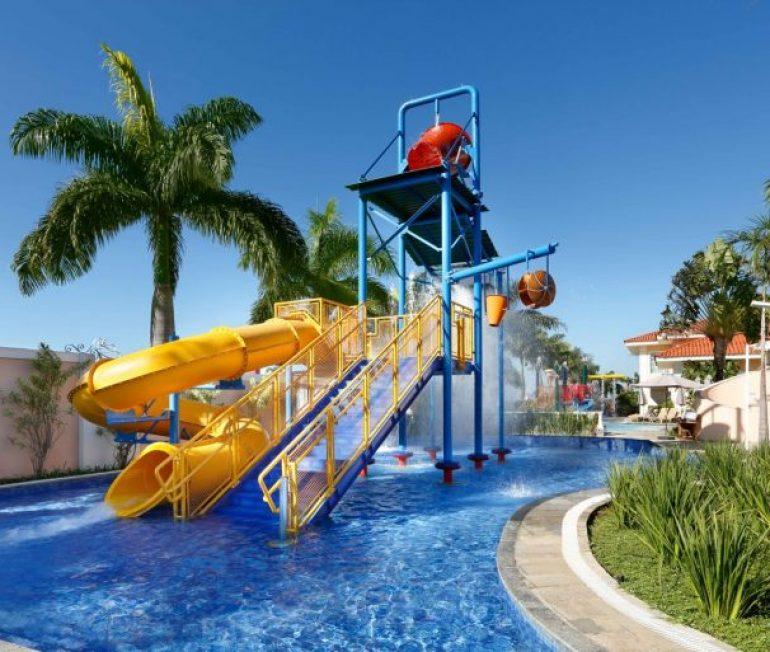 Procurando dica de viagem com crianças? O Royal Palm Plaza precisa fazer parte da sua lista