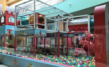 Piscina de bolinhas gigante chega ao Shopping Campo Limpo