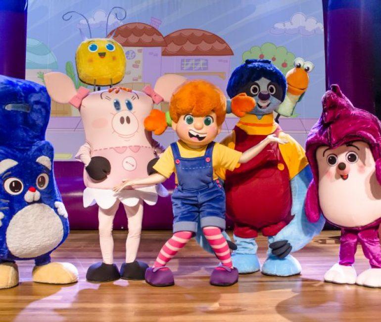 """""""O Diário de Mika"""" faz temporada no Teatro MorumbiShopping com desconto do Passeios Kids"""