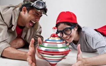 Espetáculo resgata brincadeiras e brinquedos tradicionais no Sesc Consolação