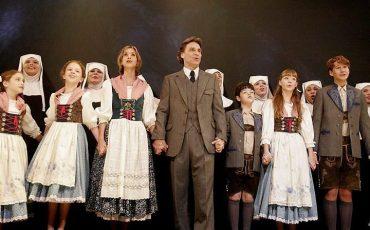 'A Noviça Rebelde' ganha superprodução brasileira no Teatro Renault