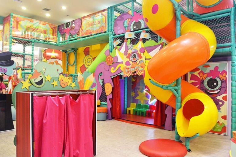 Shows do Play Space são vendidos no Passeios Kids com bônus de 30 minutos para as crianças brincarem