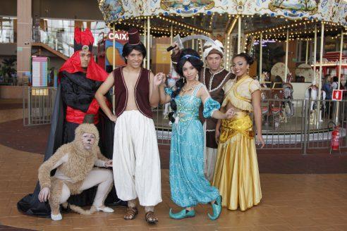 'Aladdin e a Lâmpada Mágica', no Teatro Playcenter Family, tem desconto no Passeios Kids