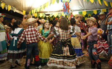 Festival Junino do Shopping West Plaza promove Quadrilha Infantil