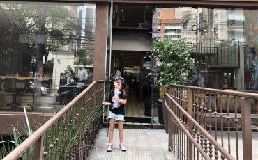 Fomos conhecer o El Tranvia, um Restaurante Uruguaio com Espaço Kids