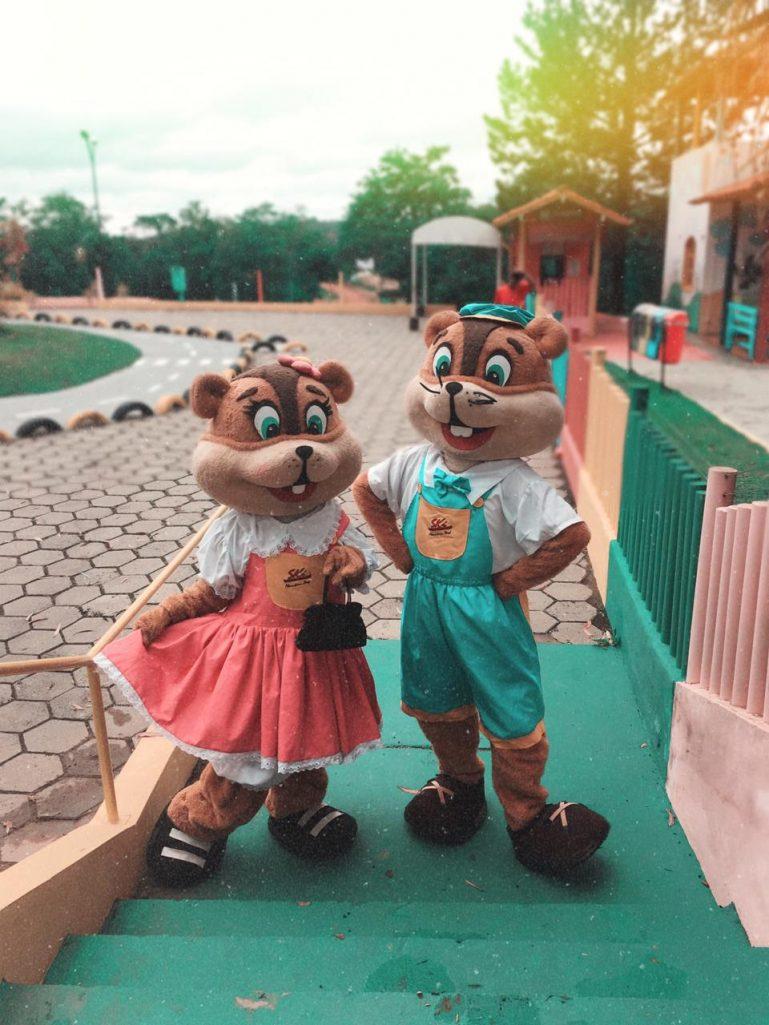 Até Fevereiro, as Férias noSki Mountain Park trazem programação especial com esportes radicais, apresentações teatrais e muita diversão para a garotada