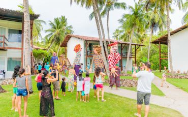 Pratagy Beach Resort, em Maceió, oferece folia completa para crianças e papais com all inclusive no Carnaval