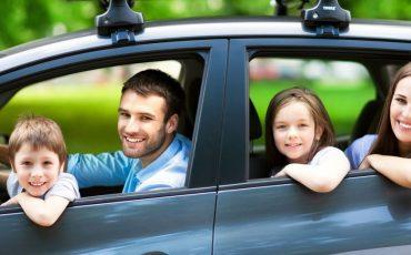 Vai viajar no Carnaval? A dica é alugar um carro na Rentcars.com para garantir R$ 50,00 de desconto na próxima reserva