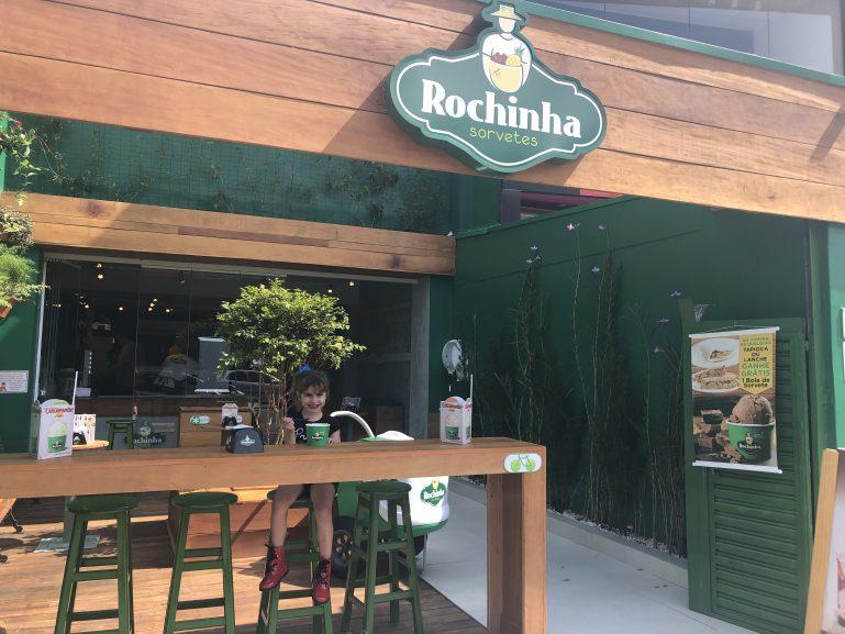 Sorvetes Rochinha agora tem loja no Tatuapé com 27 sabores de picolé e 24 sabores de sorvete de massa