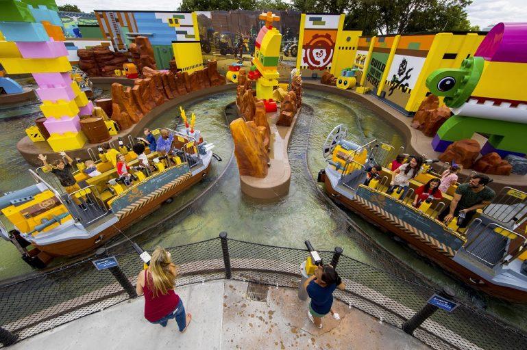 """Novidade! Legoland Florida Resort inaugura The Lego Movie World, inspirado no filme """"Uma Aventura Lego 2"""""""
