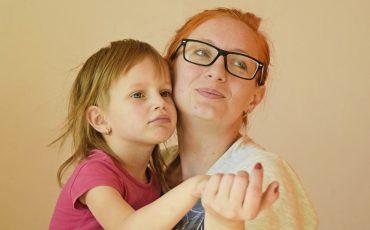 Dia das Mães inclusivo: Museu da Energia oferece visita especial em libras para toda a família