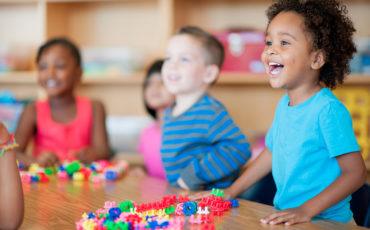 """""""O brincar que abraça a diferença"""" é o tema da Semana Mundial do Brincar com atrações gratuitas para os pequenos"""